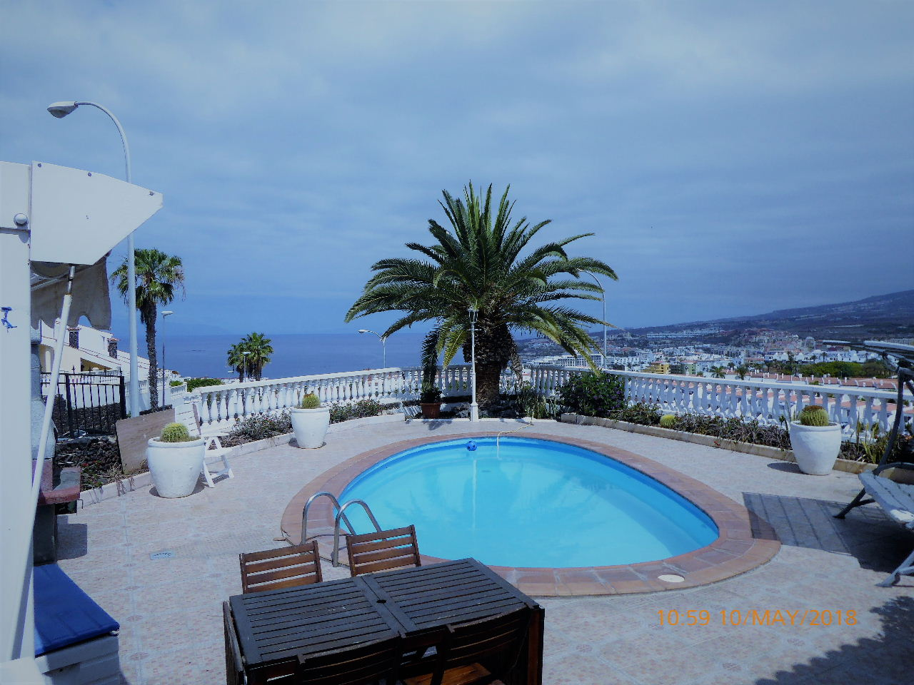 Spacious Family Villa San Eugenio Tenerife €660000