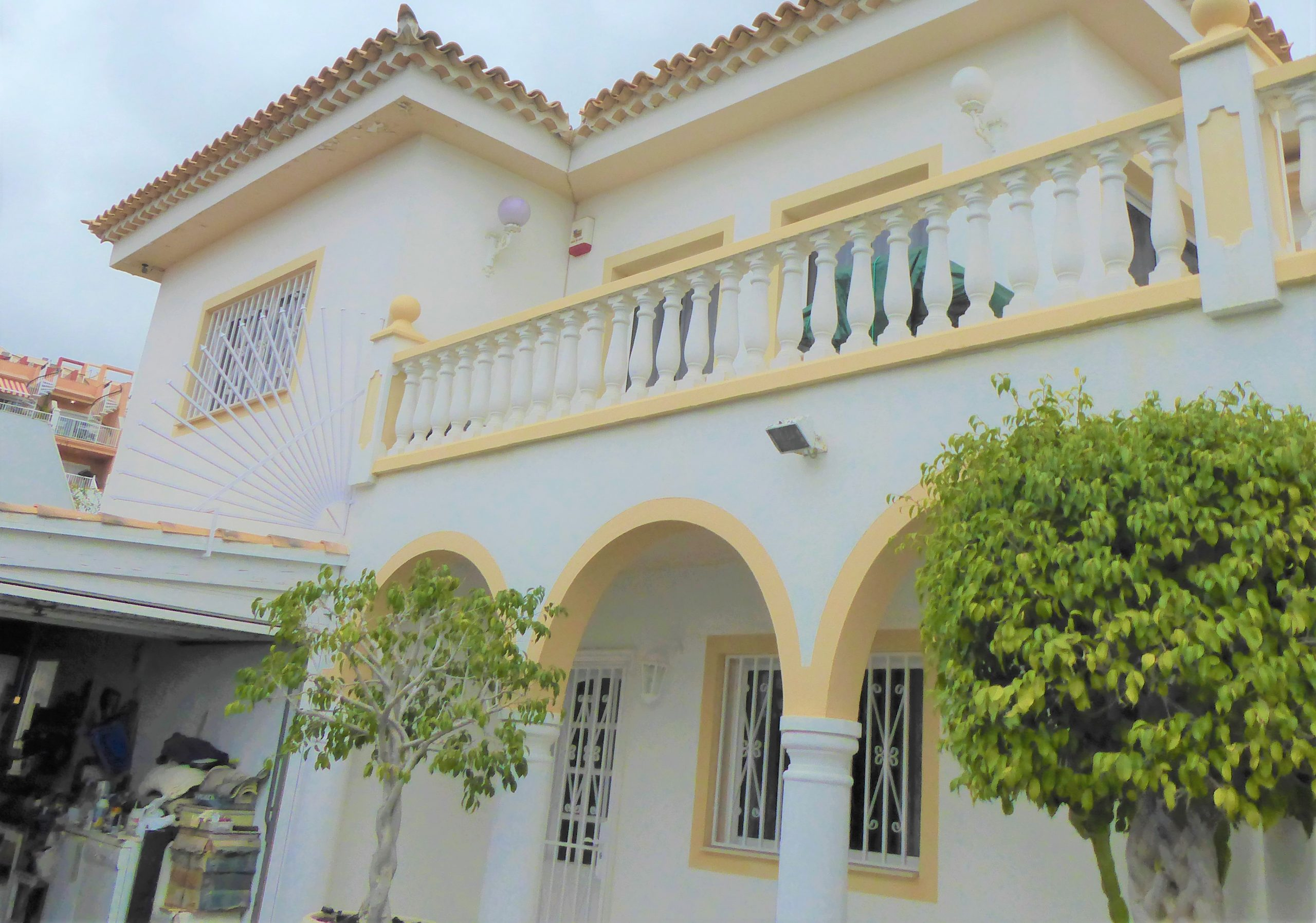 Luxury Villa Chayofa Tenerife priced to sell